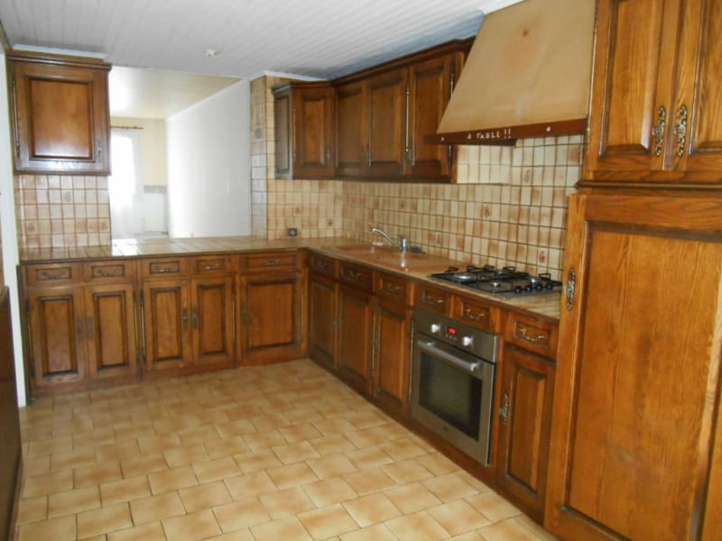 Location maison / villa Saint quentin 599€ CC - Photo 2