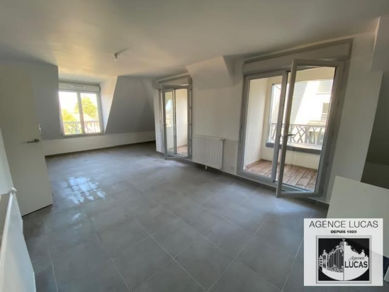 Rental apartment Beauchamp 990€ CC - Picture 3