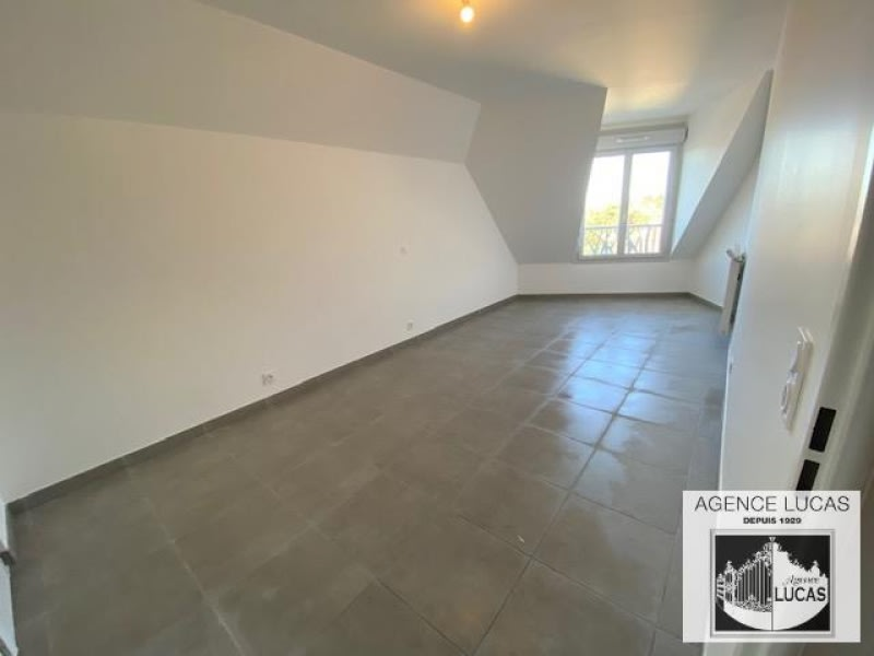 Rental apartment Beauchamp 990€ CC - Picture 4