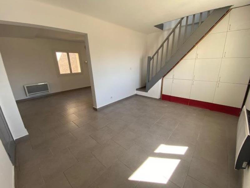 Rental apartment Eguilles 800€ CC - Picture 2