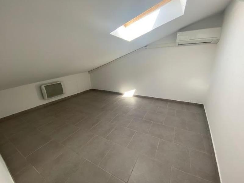 Rental apartment Eguilles 800€ CC - Picture 7