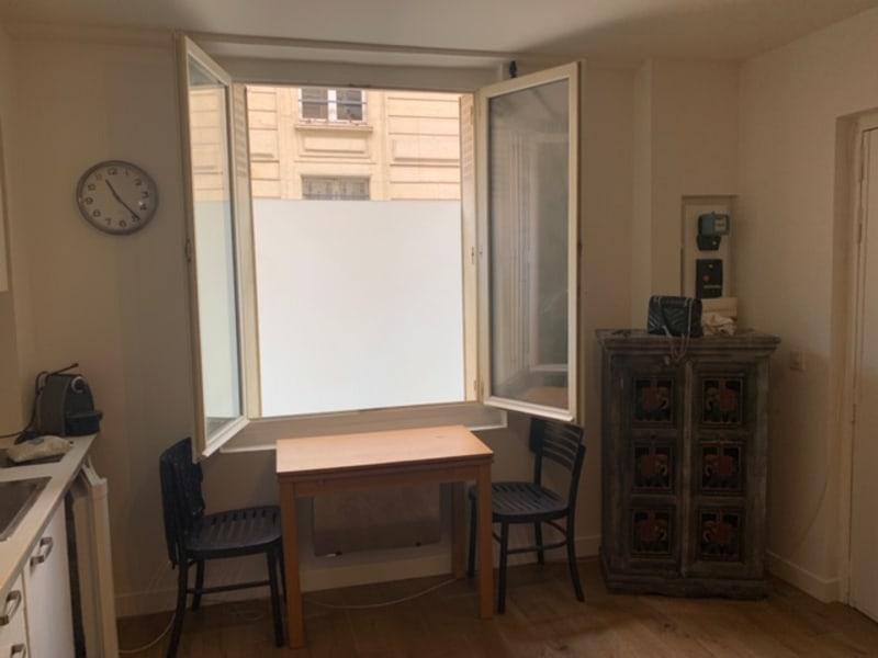 Location appartement Paris 3ème 1100€ CC - Photo 6