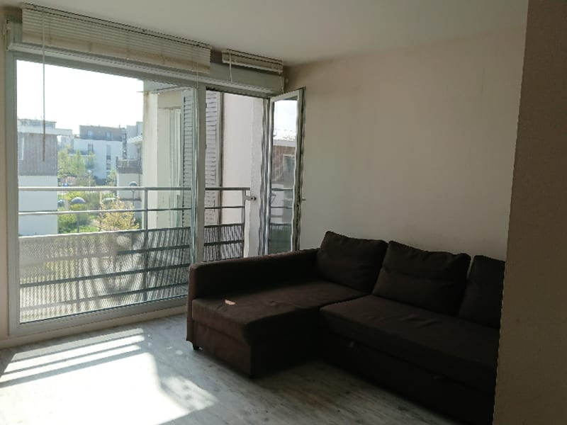 Rental apartment Athis mons 750€ CC - Picture 1