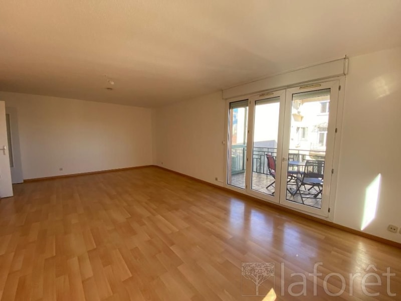 Location appartement Bourgoin jallieu 865€ CC - Photo 4