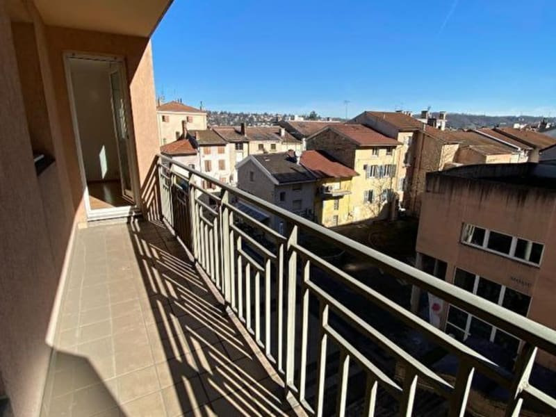 Location appartement Bourgoin jallieu 865€ CC - Photo 9