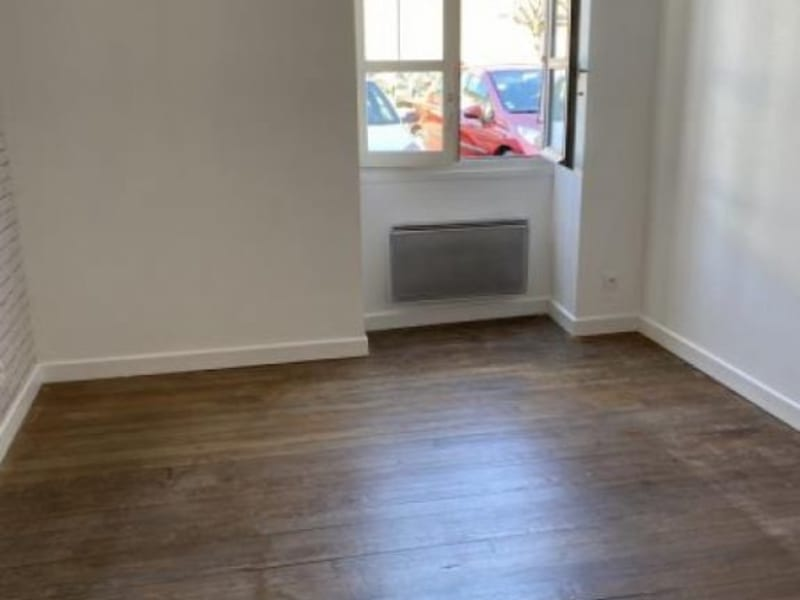 Rental apartment Ste colombe 630€ CC - Picture 3
