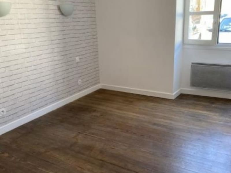 Rental apartment Ste colombe 630€ CC - Picture 4