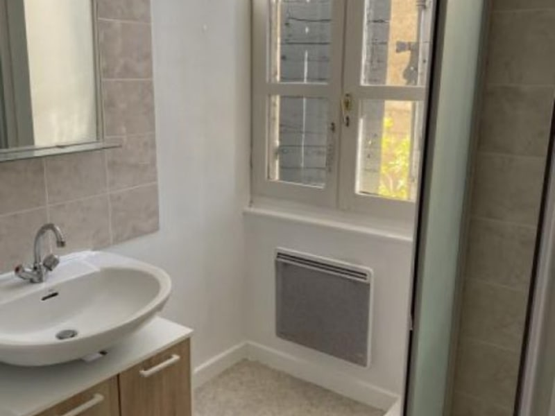 Rental apartment Ste colombe 630€ CC - Picture 5
