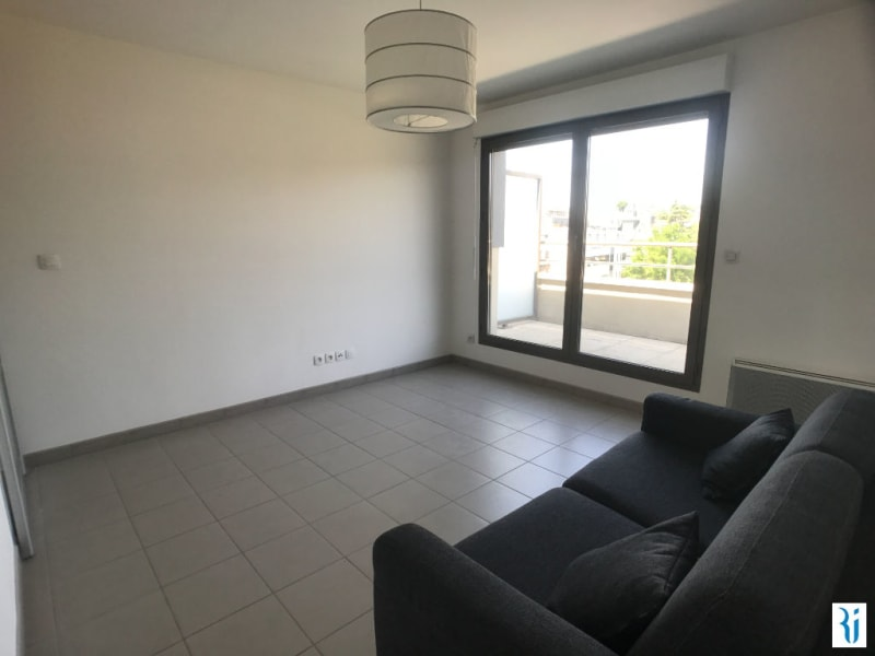Rental apartment Rouen 431€ CC - Picture 2