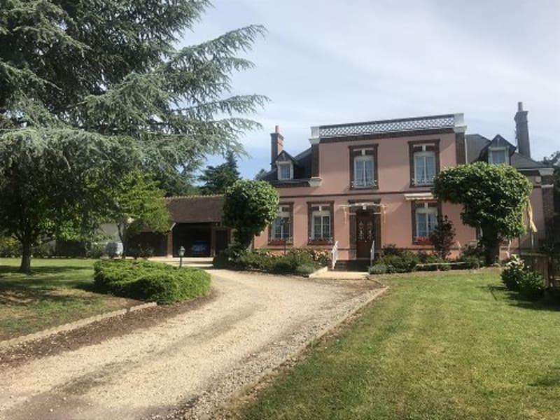 Sale house / villa Nonancourt 661500€ - Picture 1