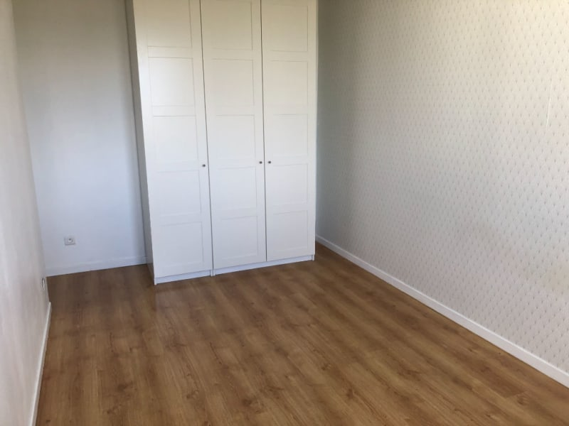 Location appartement Oullins 840€ CC - Photo 7