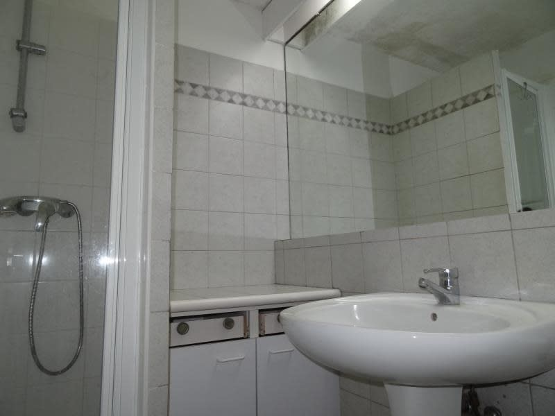 Rental apartment Paris 15ème 785€ CC - Picture 5
