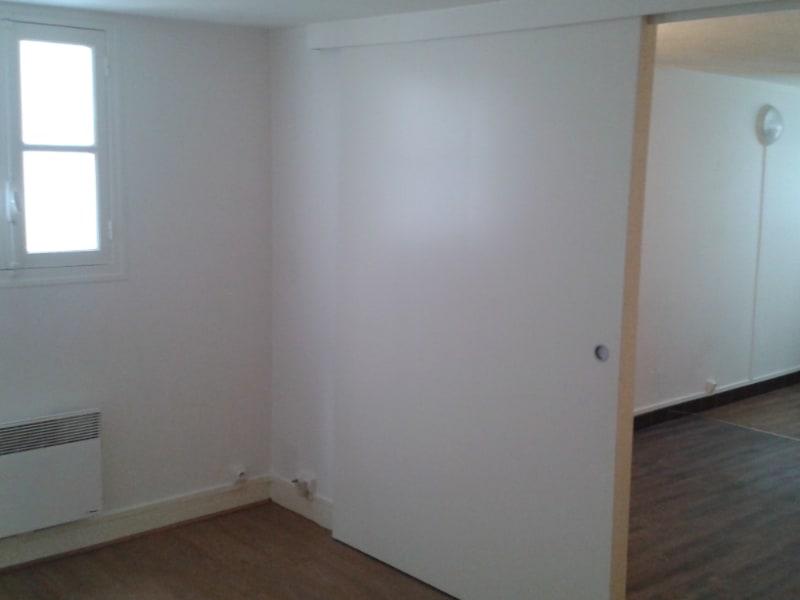 Rental apartment Paris 5ème 880€ CC - Picture 3