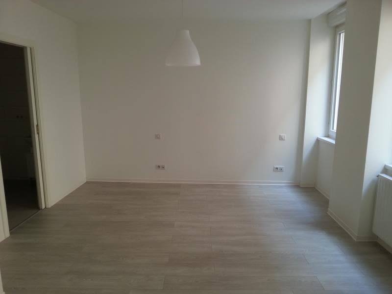 Location appartement Strasbourg 1095€ CC - Photo 3