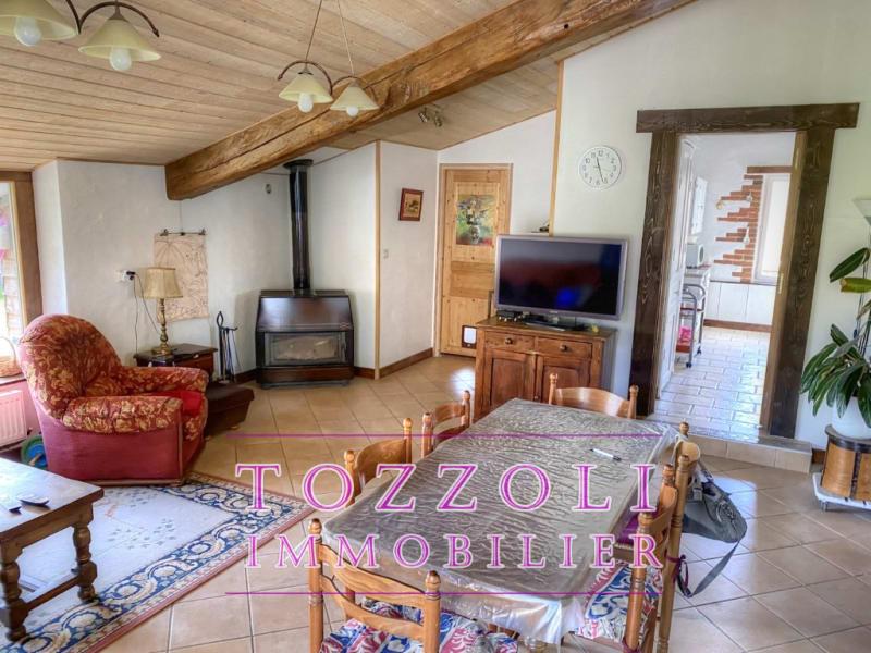 Sale house / villa Mezeriat 330000€ - Picture 3