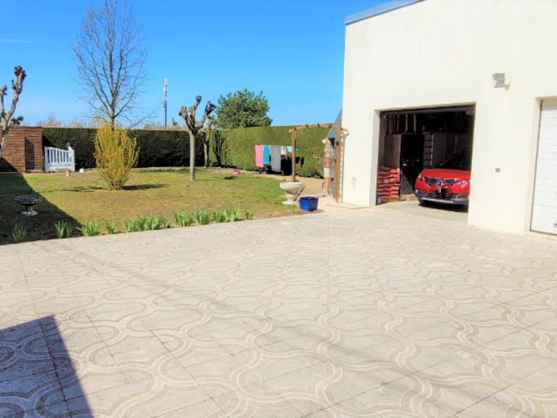 Sale house / villa Mareau aux pres 235000€ - Picture 4