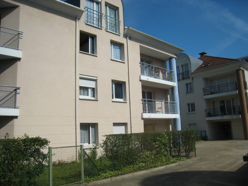 Rental apartment Osny 750€ CC - Picture 1