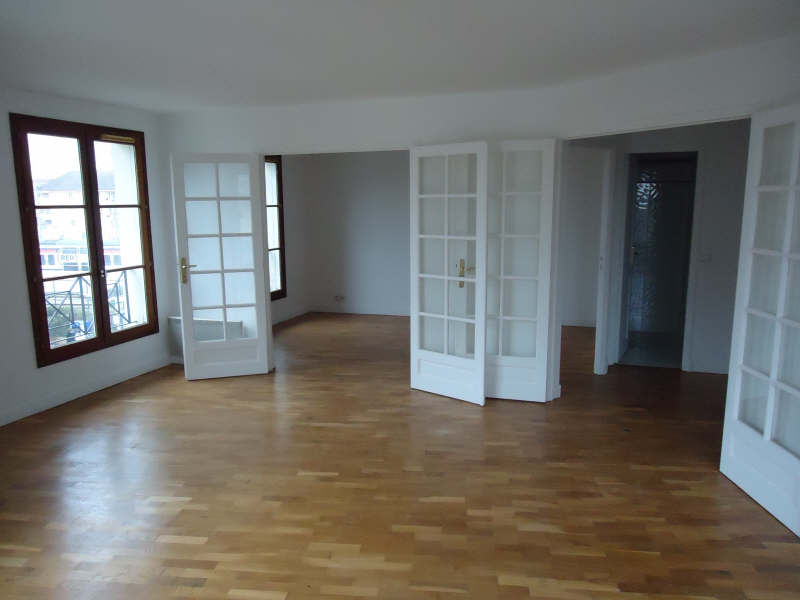 Rental apartment Poissy 1377,07€ CC - Picture 1