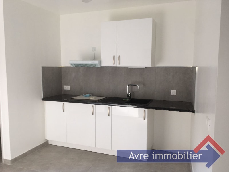 Rental apartment Verneuil d avre et d iton 615€ CC - Picture 1