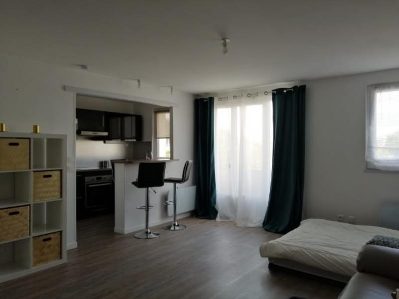 Rental apartment Athis-mons 730€ CC - Picture 2