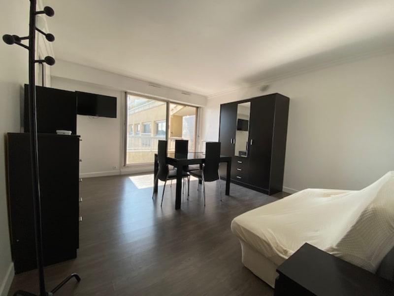 Rental apartment Paris 15ème 980€ CC - Picture 5