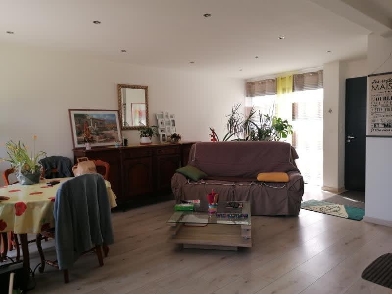 Rental house / villa L isle jourdain 995€ CC - Picture 4