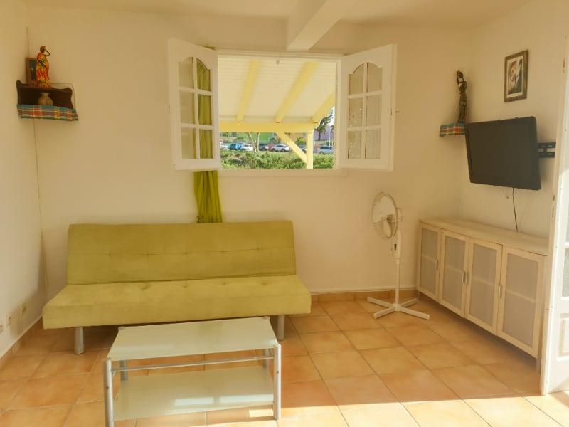 Location maison / villa Le gosier 700€ CC - Photo 2