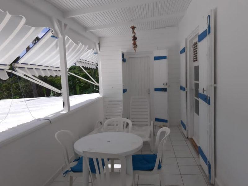 Location maison / villa Saint francois 1300€ CC - Photo 2