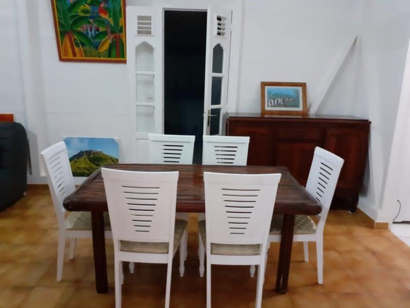 Location maison / villa Saint francois 1300€ CC - Photo 4