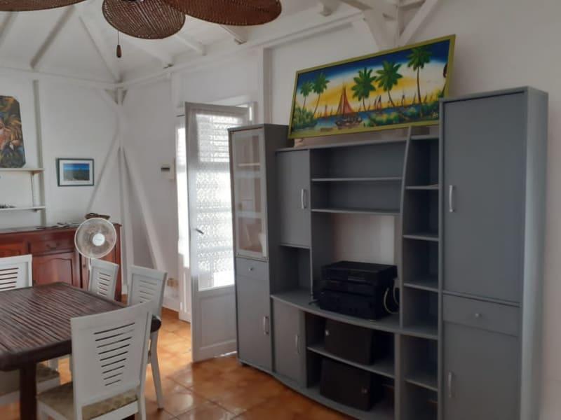 Location maison / villa Saint francois 1300€ CC - Photo 5