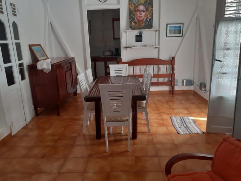 Location maison / villa Saint francois 1300€ CC - Photo 6