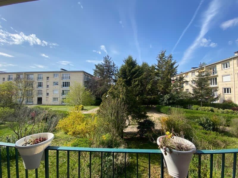 Sale apartment Maisons-laffitte 399000€ - Picture 3