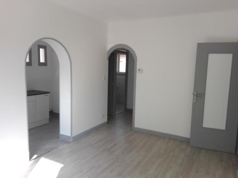 Sale apartment Roussillon 75000€ - Picture 1