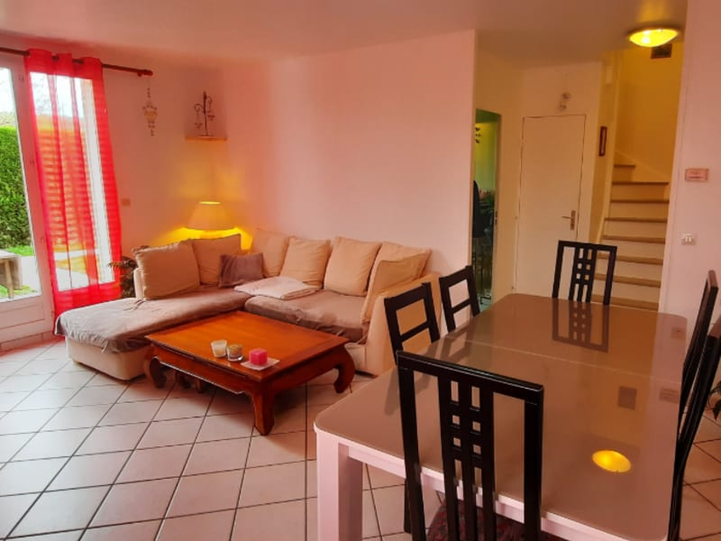 Sale apartment Cergy 262000€ - Picture 2