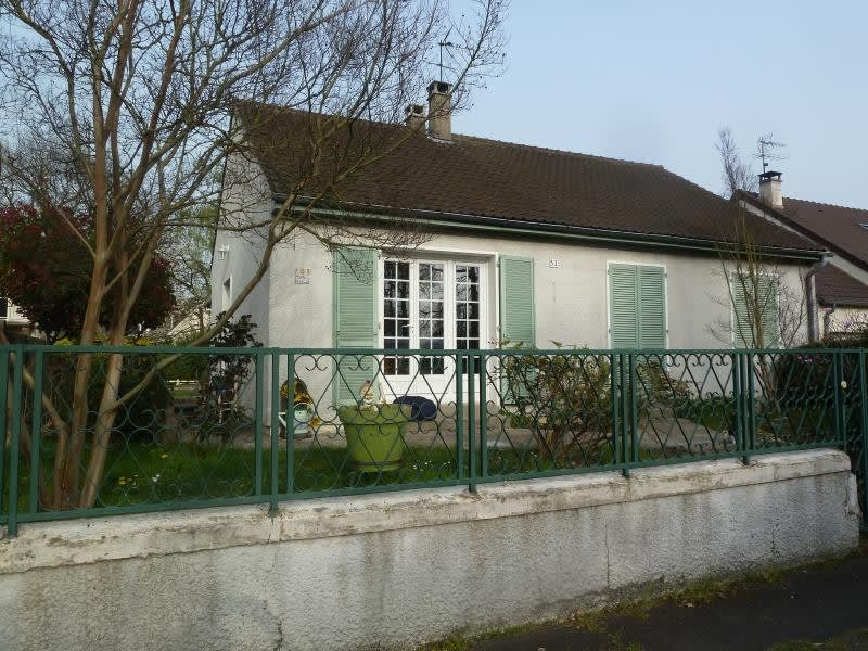 Location maison / villa St ouen l aumone 1 450€ CC - Photo 1