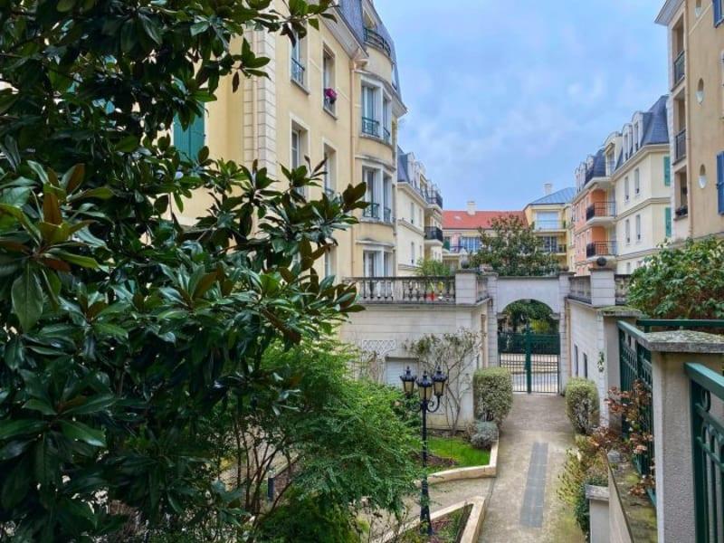 Sale apartment Le plessis-robinson 650000€ - Picture 2