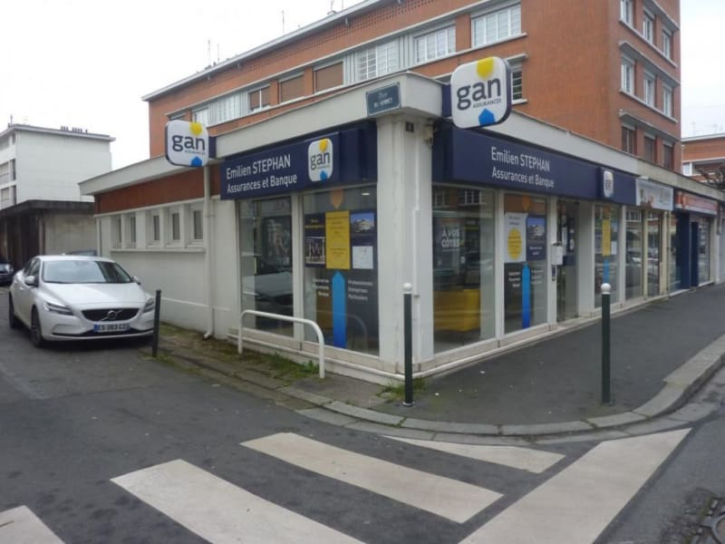 Location local commercial Lisieux 975€ HC - Photo 1