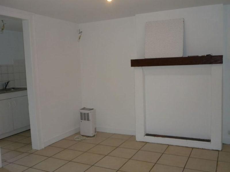 Location appartement Lisieux 375€ CC - Photo 1