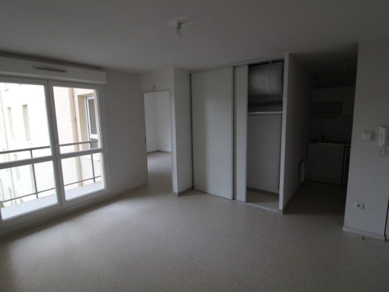Rental apartment Rouen 546€ CC - Picture 2