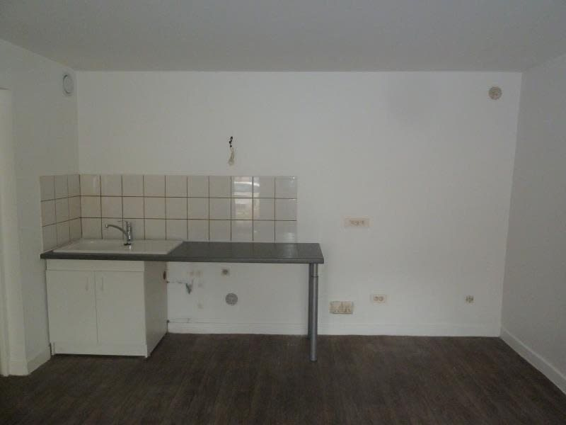 Rental apartment Conflans 600,22€ CC - Picture 4