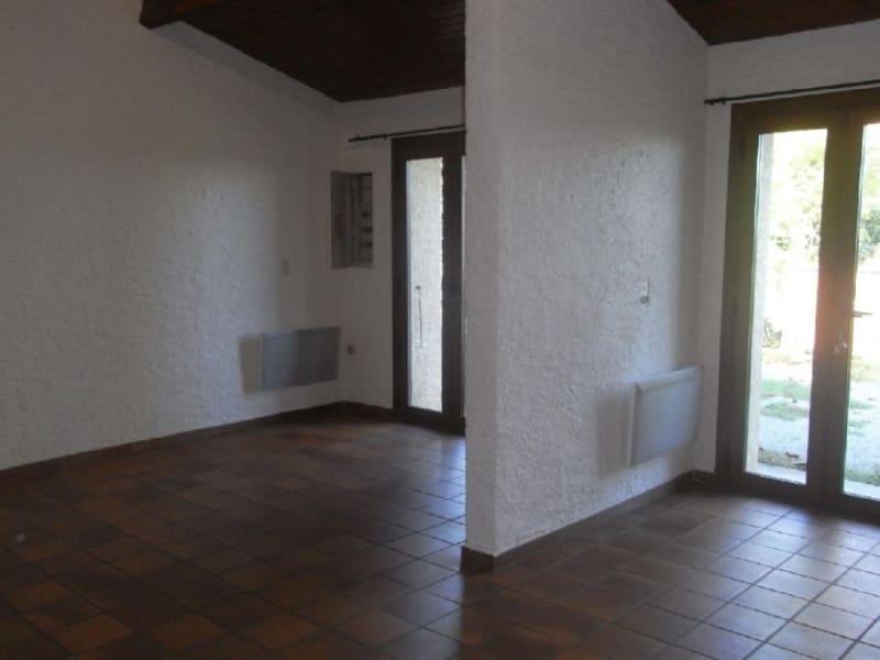 Location maison / villa St jean 920€ CC - Photo 6