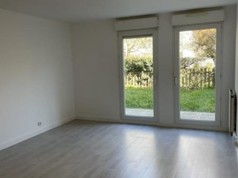 Sale apartment Ste genevieve des bois 208000€ - Picture 2