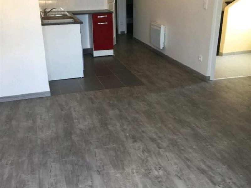 Rental apartment Neuilly en thelle 730€ CC - Picture 3