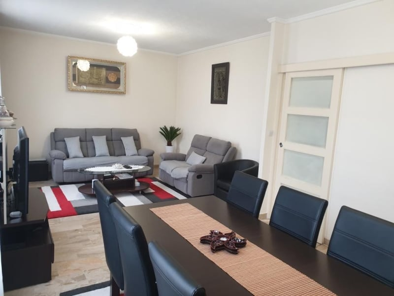 Sale house / villa Persan 330000€ - Picture 1