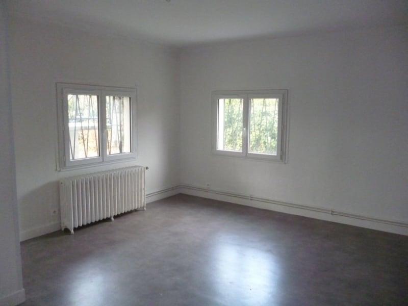 Rental apartment Laloubere 650€ CC - Picture 1
