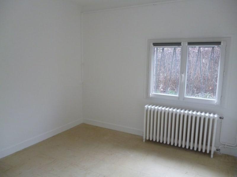 Rental apartment Laloubere 650€ CC - Picture 4