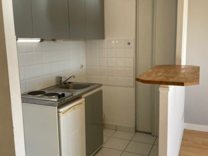 Rental apartment Paris 14ème 871,28€ CC - Picture 6