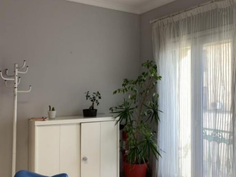 Location local commercial Lunel 1064€ HC - Photo 2