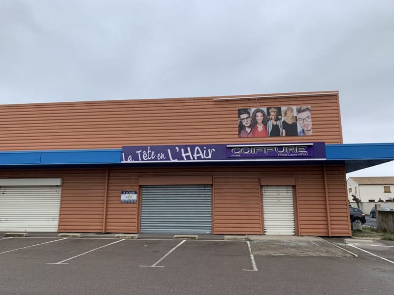 Location local commercial Lunel 2 000€ HC - Photo 3
