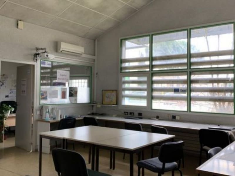 Location local commercial Lunel 1 364€ HC - Photo 3